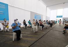 COVID-19: Essalud inicia vacunación a médicos, administrativos y otros en segunda etapa