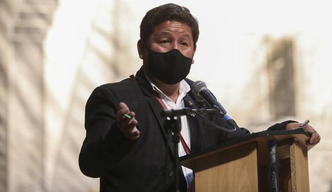 """Guido Bellido estuvo en eventos en Arequipa el domingo. """"Yo estoy en el lugar, en la responsabilidad que asumo, para que ese derrotero, ese norte, no se pierda [...] Nadie se tiene que quebrar en el camino"""", manifestó en uno de ellos. (Foto: PCM)"""
