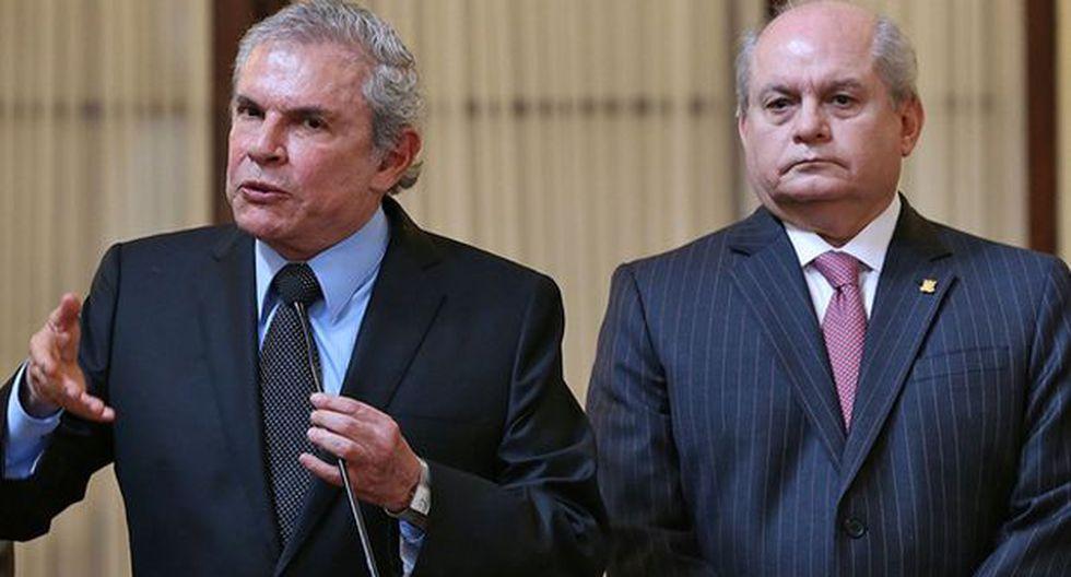 Castañeda: No imagino a FF.AA. manejando problema con fusiles
