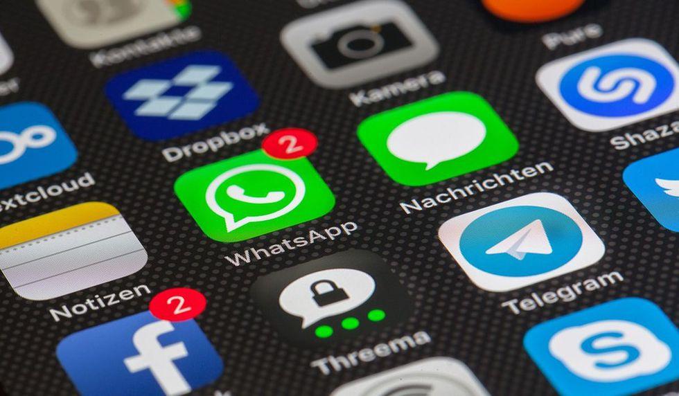 Conoce el truco para compartir estados de WhatsApp en Facebook.