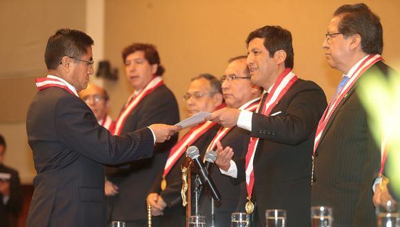 El predictamen de la Comisión de Justicia señala también que el nuevo CNM tendrá facultad para revisar los nombramientos y ratificaciones, entre ellas la de César Hinostroza, que hicieron los consejeros removidos. (Foto: El Comercio)