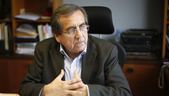 Jorge del Castillo cuestionó anoche el apoyo que ha recibido PPK de parte de César Acuña. (Foto: El Comercio)