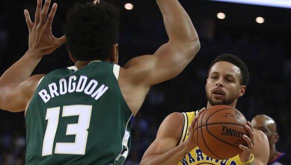 Golden State Warriors perdieron 134-111 ante Milwaukee Bucks por la temporada regular de la NBA. El duelo se desarrolló en el Oracle Arena (Foto: AFP)