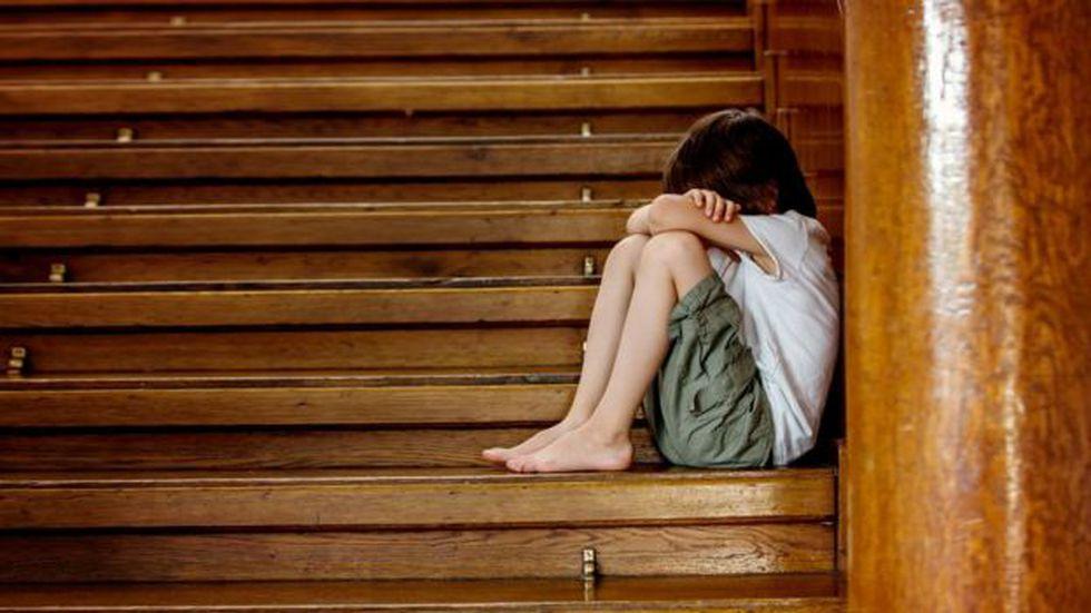La directora de un hogar de menores donde niños fueron abusados por un sacerdote denuncia que se intentó encubrir el asunto para no llevarlo a la justicia.