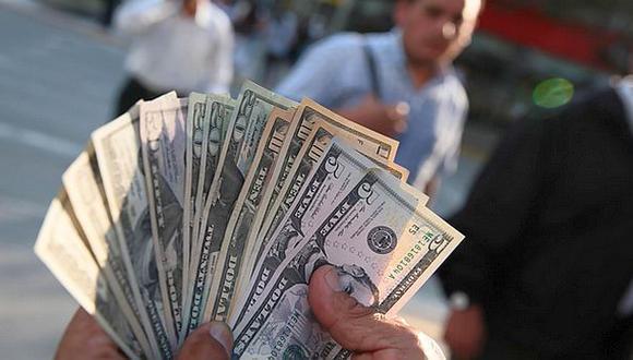 Tras cuatro sesiones al alza, el tipo de cambio cayó a S/3,369