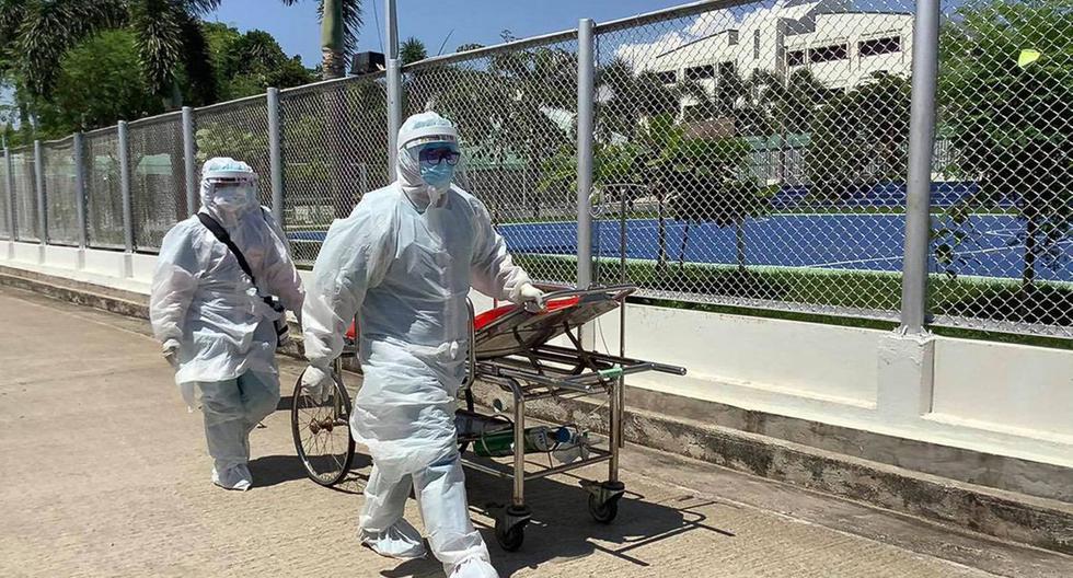 Thailand reimposes restrictions to contain coronavirus outbreak
