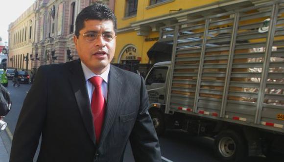 Alcalde de Surco declaró ante fiscal por caso López Meneses