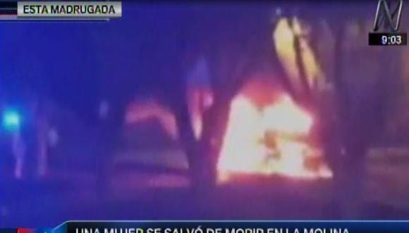 La Molina: mujer se salvó al incendiarse su carro en La Fontana
