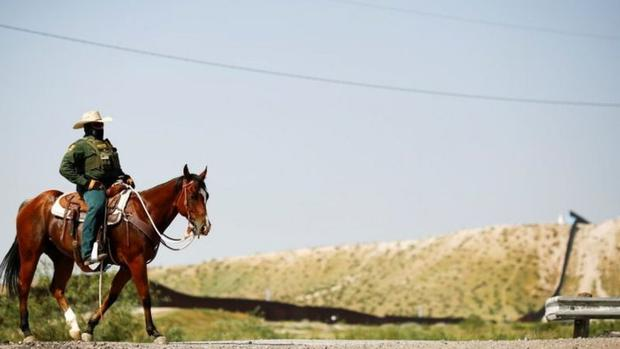 It is not so unusual for border agents to patrol on horseback.