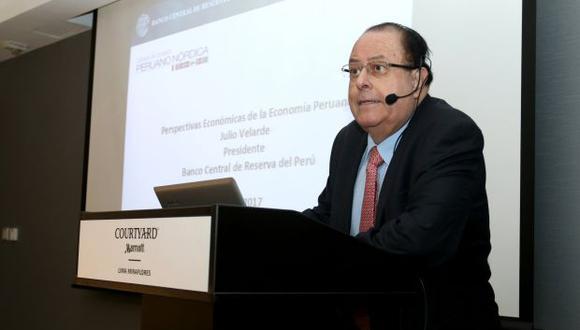Julio Velarde, presidente del BCR, sostuvo que el escenario global es positivo para el crecimiento.
