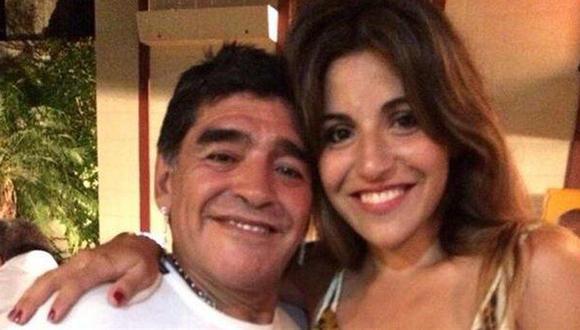 Luego de la publicación de un video de Diego Maradona en un estado llamativo, una de sus hijas, Gianinna, compartió un mensaje en Instagram sobre las imágenes. (Foto: Facebook)