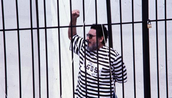 Abimael Guzmán es un terrorista condenado por liderar Sendero Luminoso, un grupúsculo sanguinario que aterrorizó el Perú a finales del siglo pasado.