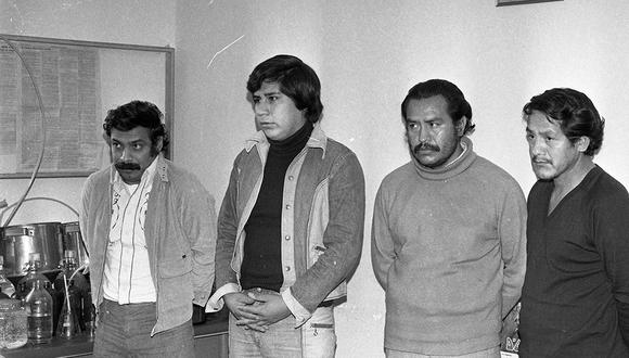 El 10 de setiembre de 1979, la PIP detuvo a una banda de narcotraficantes en Lima. Lo anecdótico de las detenciones fue que los detectives se disfrazaron de mendigos para seguir a los delincuentes durante meses. Un perro policía ayudó a localizar los laboratorios clandestinos donde se elaboraron más de cien kilos de cocaína. Una cantidad valorizada en 500 millones de soles. (Foto: GEC Archivo Histórico)