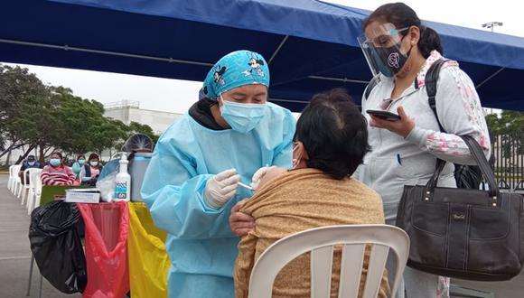 La vacunación contra el coronavirus continúa avanzando a nivel nacional. Foto: El Comercio / Referencial