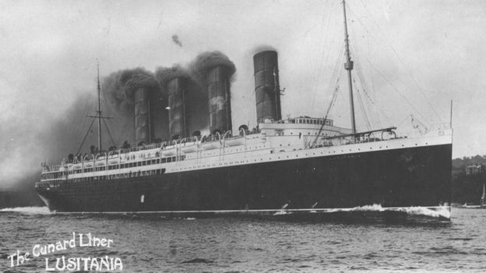 En 1915, un submarino alemán hundió al Lusitania y provocó la muerte de 128 estadounidenses.