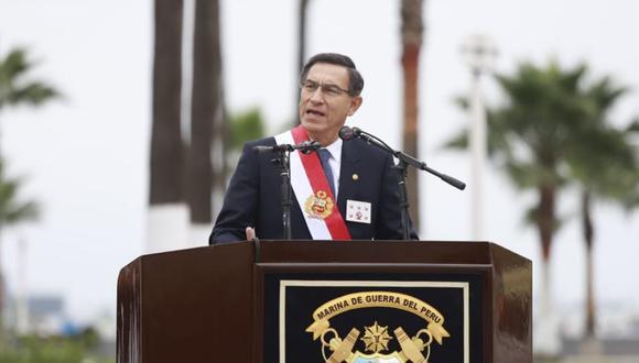 Presidente Martín Vizcarra participó en la ceremonia por el aniversario de la Marina y del Combate de Angamos (Foto: Presidencia)