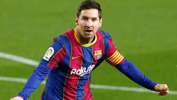 Messi percibiría la mitad del sueldo que recibe actualmente, pero con un contrato más amplio. (Foto: Getty Images)