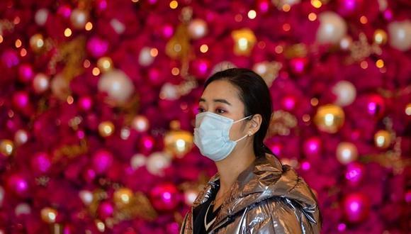 """La Comisión Municipal de Salud de Beijing consideró que la situación de prevención y control de la pandemia de coronavirus en la capital es """"grave y complicada"""". (EFE/EPA/ALEX PLAVEVSKI)."""