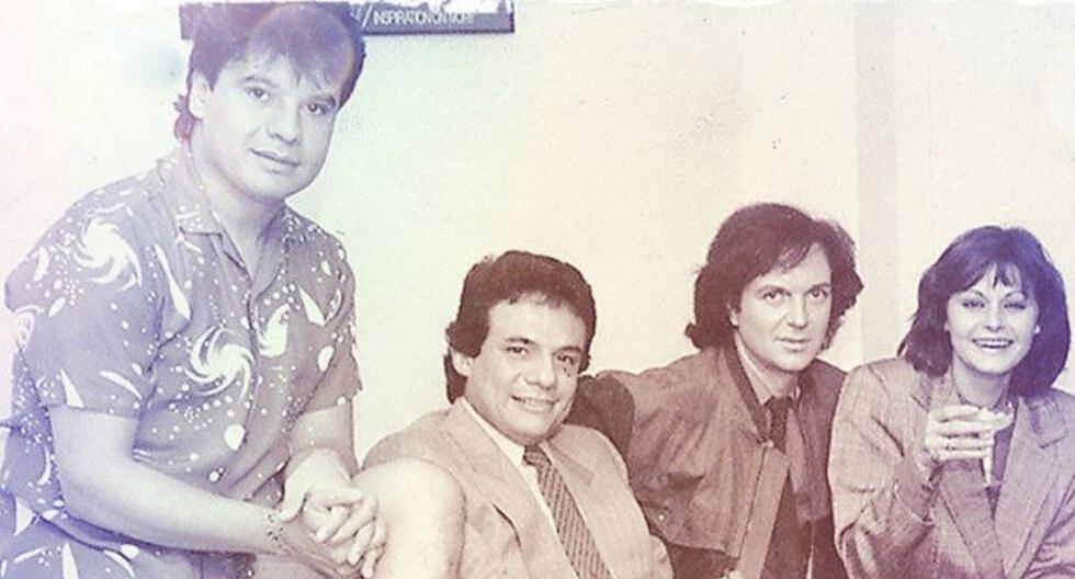 La foto, tomada hace 35 años, mostraba a los cuatro grandes de la música en español en su apogeo. (Foto: Rocío Dúrcal en Facebook)