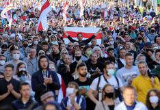 Decenas de miles marchan en Bielorrusia contra Lukashenko a pesar de la represión policial | FOTOS