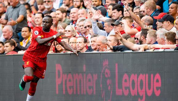 Liverpool marcha cómodamente en la cima de la Premier League   Foto: EFE