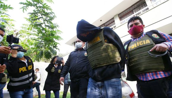César Gonzales Bayllón fue detenido por la Policía en su casa, en San Borja. (Fernando Sangama/GEC)