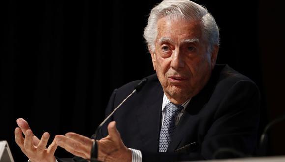 El escritor Mario Vargas Llosa se pronunció sobre la situación que se vive en el Perú. (Foto: EFE / Javier Lopez).