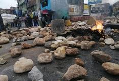 La Oroya: trabajadores de Doe Run bloquean la Carretera Central con piedras y llantas quemadas