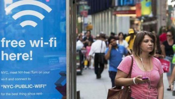 El mayor riesgo no es que un extraño use tu Wi Fi, sino que pueda usarlo para acceder a la información que guardas en tus equipos. (Foto: agencias)
