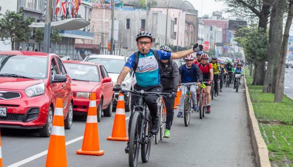 El carril exclusivo Tacna – Garcilaso de la Vega – Centro Histórico se habilita cada fin de semana a fin de promover el uso de la bicicleta .(Foto: MML)