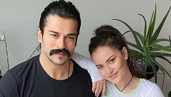 Burak Özçivit y Fahriye Evcen se conocieron en el 2013 y luego de cuatro años de noviazgo se casaron en una intimado ceremonia en Turquía (Foto: Instagram / Fahriye Evcen Özçivit)