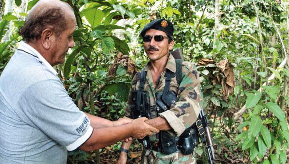 """""""Eres valiente. Me buscaste durante días y estás en mi territorio"""", le dijo 'Tiberio' a Javier Ascue. El cabecilla de las FARC sería abatido 2 años después por el Ejército de Colombia."""