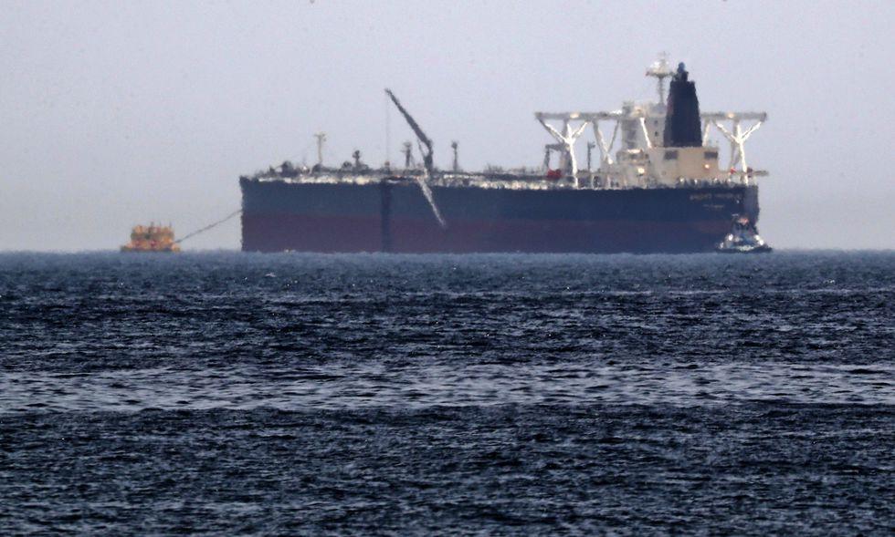 El petrolero Amjad, uno de los dos tanqueros que supuestamente fueron víctimas de sabotaje en el golfo Pérsico. (AFP).