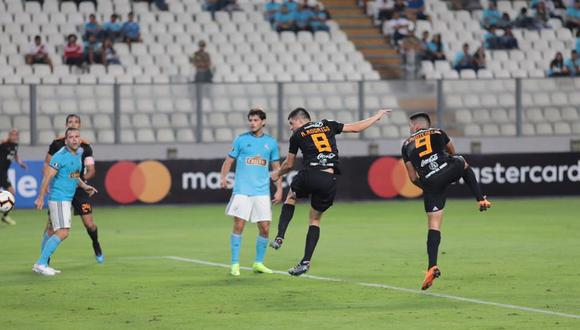 Olimpia de Paraguay derrotó 3-0 a Sporting Cristal en el Estadio Nacional de Lima por la tercera fecha del Grupo C de la Copa Libertadores 2019. (Foto: AFP)