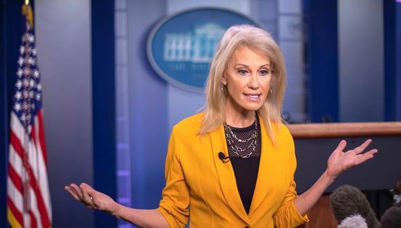 Kellyanne Conway, de 53 años, ha estado al lado de Trump desde el primer día y dirigió su campaña de 2016 que catapultó a la estrella de telerrealidad al Despacho Oval. (EFE/EPA/ERIK S. LESSER).
