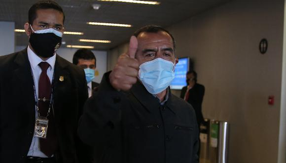 Iber Maraví descartó que vaya a renunciar al cargo porque responderá la interpelación del Congreso. (Foto: archivo GEC)