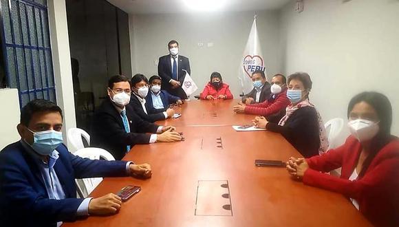 La bancada de Somos Perú eligió a sus nuevos voceros tras la renuncia de Rennan Espinoza. (Foto: Somos Perú)