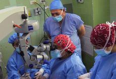 Realizan primeros trasplantes de córnea a menores en el INSN