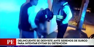 Surco: Delincuente se baja los pantalones ante serenos para demostrar que no tenía arma de fuego