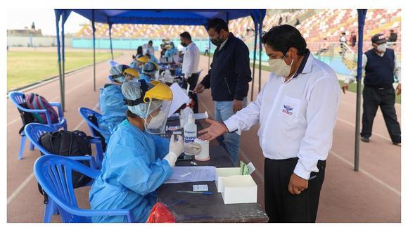 Minsa destacó el trabajo de los médicos durante la pandemia. (Foto: Minsa)