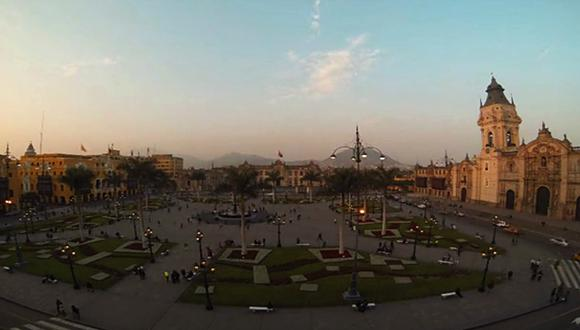 VIDEO: El atardecer en la Plaza de Armas de Lima en 40 segundos