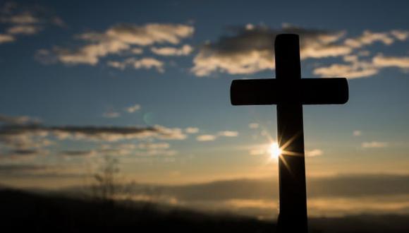 El Viernes Santo se recuerda la crucifixión y muerte de Jesucristo. (Foto: Freepik)