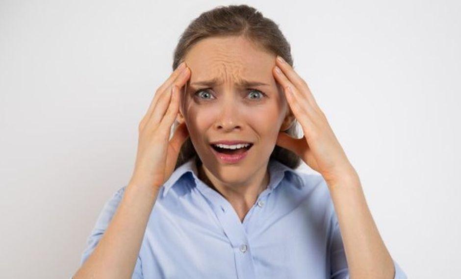 Al igual que otras fobias, la acrofobia genera fuertes niveles de ansiedad en los individuos que la presentan. (Foto: Freepik)