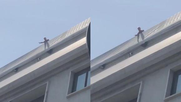 Didier Deschamps quedó atrapado en la terraza de la concentración de Francia. (Captura: Twitter)