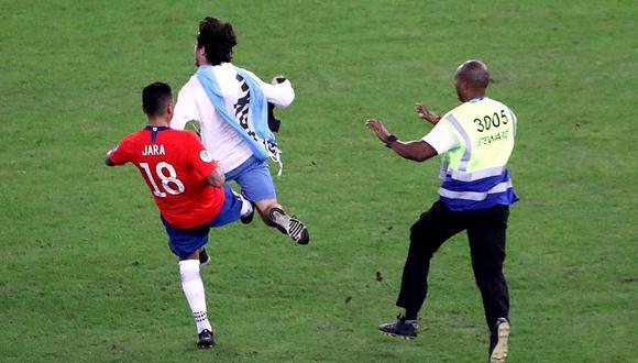 Un castigo para Gonzalo Jara no dependería de los árbitros. (Foto: Reuters)