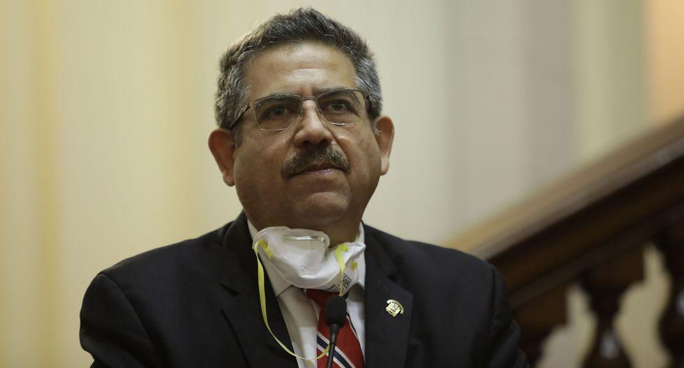 """El titular del Legislativo consideró que el Gobierno busca """"sorprender al pueblo peruano"""" y lamentó que se pretenda entrar en """"un proceso de confrontación"""" entre poderes del Estado. (Foto: Anthony Niño de Guzman/ GEC)"""
