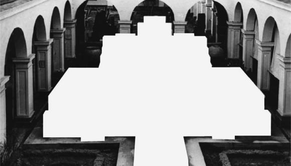 """""""Monumento sustraído"""", obra de la artista Lorena Spelucín que forma parte de la muestra """"Reconstrucciones imaginarias"""", que se puede ver del 5 al 17 de abril en Galería del Paseo."""