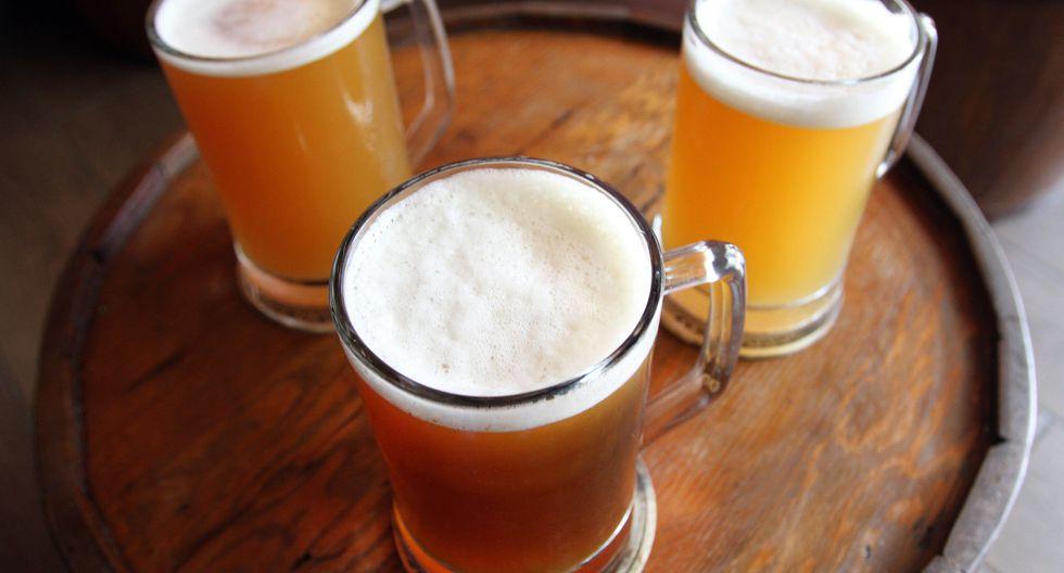 Según el blog Beerstatci, en el Perú se calcula que hay entre 250 y 500 marcas de cerveza artesanales, que van desde compañías de gran y regular tamaño hasta productores caseros, expertos en microcervecería.  FOTO: VICTOR GONZALES / EL COMERCIO