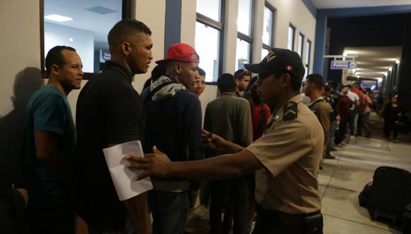 Refuerzan el control en el Cebaf de Tumbes ante aumento de venezolanos