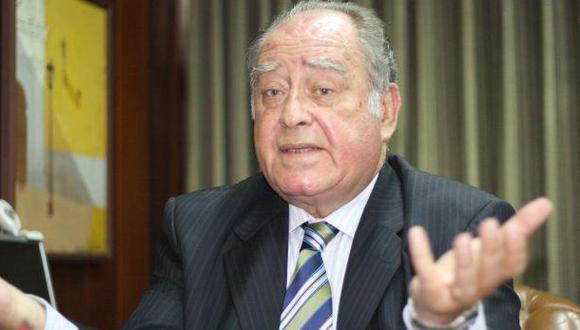 Flores-Aráoz presentó lista al Congreso y al Parlamento Andino